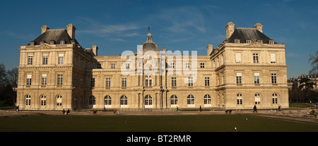 Palais du Luxembourg in Paris build by Salomon de Brosse - Stock Photo