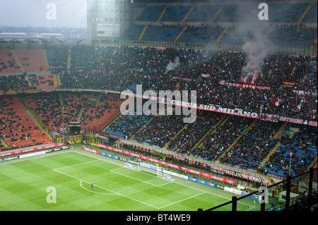 MILAN, OCTOBER 16: Supporters at Italian Championship soccer game, AC Milan - Chievo on October 16, 2010 in Milan - Stock Photo