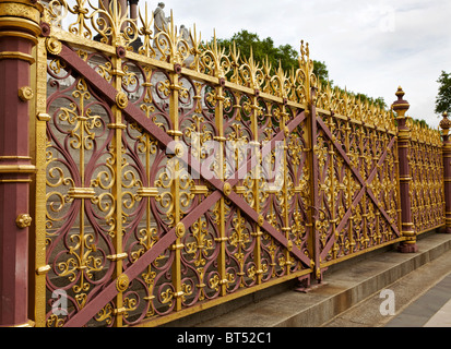 Detail of The Albert Memorial, Kensington Gardens, London - Stock Photo