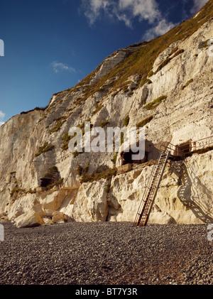 World War I & II searchlight Battery at Langdon Bay, Dover Cliffs, Kent, England, UK. - Stock Photo