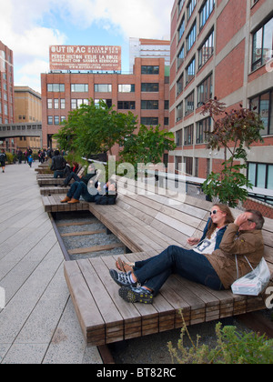 The High Line elevated landscaped public walkway built on old railway viaduct in Chelsea district of Manhattan in - Stock Photo