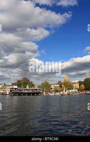 Hampton Sailing Club on the River Thames at Hampton, England UK. - Stock Photo