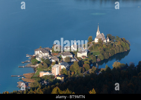 Maria Woerth peninsula, Lake Woerth, view from Pyramidenkogel mountain, Carinthia, Austria, Europe - Stock Photo