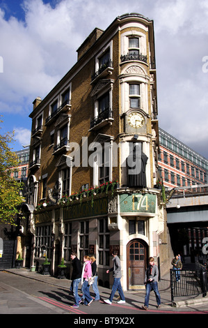 The Black Friar Pub, Queen Victoria Street, Blackfriars, City of London, Greater London, England, United Kingdom - Stock Photo