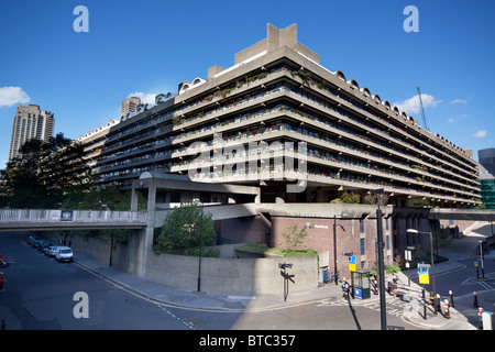 Willoughby House on the Barbican Estate in City of London, UK. - Stock Photo