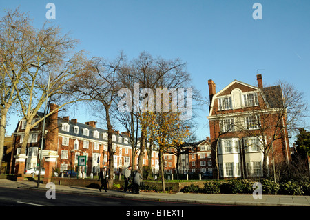 Tyndale Mansions, social housing in Upper Street, Islington, London England UK - Stock Photo