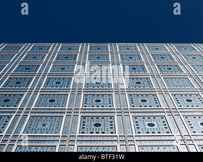 Exterior view of light sensitive facade and windows in the Institut du Monde Arabe in Paris France Architect Jean - Stock Photo