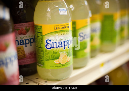 Free! 6 Bottles of Dr Pepper Stock Photo: 123996082 - Alamy
