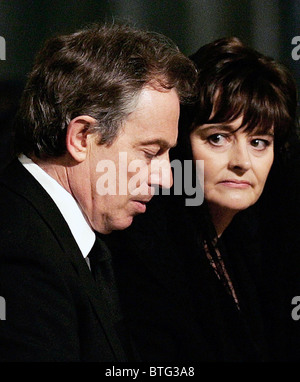 Prime Minister Tony Blair and Cherie Booth attending a memorial service for Pope John Paul II at Westminster Cathedral. - Stock Photo