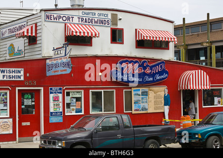 Mo's seafood restaurant in Old Town Florence Oregon - Stock Photo