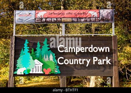 Large sign at the main entrance of the Camperdown Country Wildlife Park at Autumn in Dundee,UK - Stock Photo