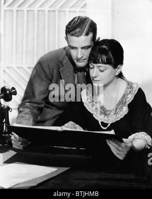 Alan Campbell and his wife Dorothy Parker in Hollywood, California, c. 1936. - Stock Photo