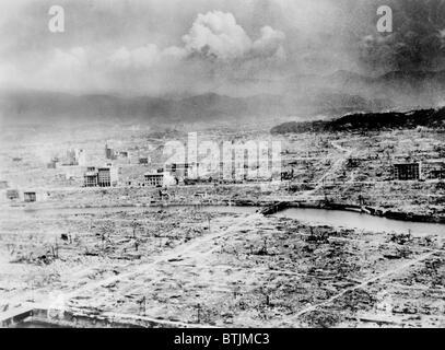 Atomic bomb. Hiroshima, Japan after the atomic bomb was dropped by the US bomber 'Enola Gay', 1945 - Stock Photo