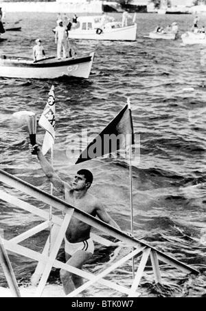 1968 Olympics, Olympic Torch reaches Mexican soil, Veracruz, Mexico, 10-06-1968. - Stock Photo