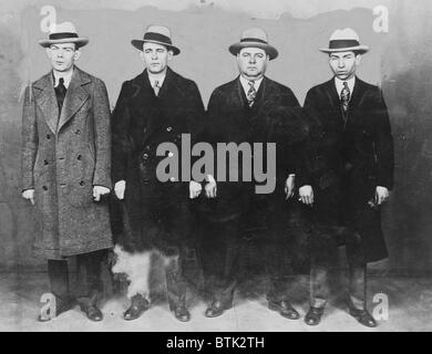 Group of mobsters in the 1920s. Left to right: Ed Diamond, Jack 'Legs' Diamond, Fatty Walsh, and Charles 'Lucky' - Stock Photo
