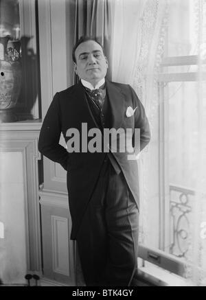 Enrico Caruso (1873-1921), in formal attire ca. 1915. - Stock Photo