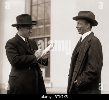 Theodore Roosevelt Jr. (1887-1944), interviewed by a reporter in 1923. Roosevelt would run for Governor of New York - Stock Photo