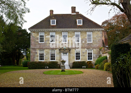 Arundells. The home of former Prime Minister Sir Edward Heath in Salisbury Cathedral Close - Stock Photo