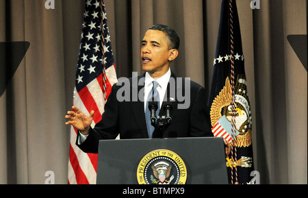 US President Barack Obama Speaks Abou Wall Street and  Financial Reform bill - Stock Photo