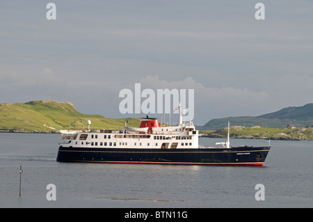 The Small Luxury Cruise ship arriving in Castlebay Isle of Barra, Outer Hebrides, Scotland. SCO 6613 - Stock Photo