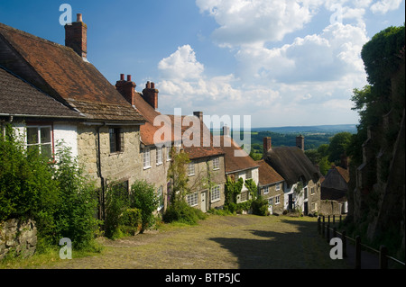 Gold Hill, Shaftesbury, Dorset, UK. - Stock Photo