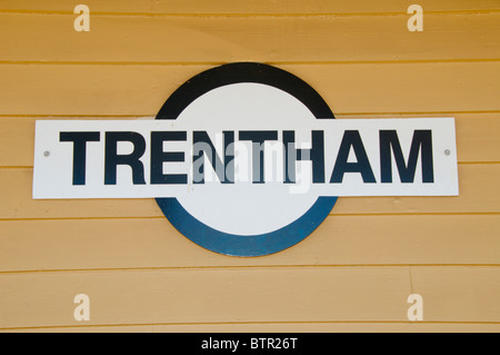 Australia, Central Victoria, Trentham station sign - Stock Photo