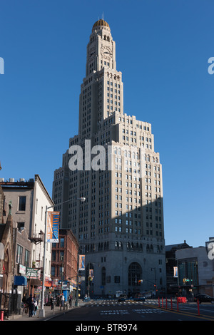 The Williamsburgh Savings Bank Tower (1 Hanson Place) in the Fort Greene section of Brooklyn, New York. - Stock Photo
