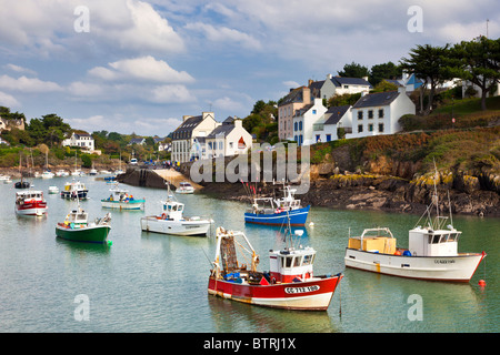 Small fishing boats in the harbour at Doelan village, Finistere, Brittany, France, Europe - Stock Photo