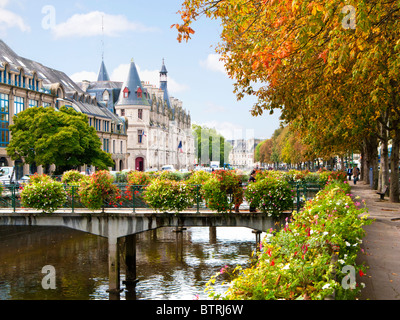 Quimper, Finistere, Brittany, France, Europe - River Odet and the Prefecture Du Departement Du Finistere building - Stock Photo