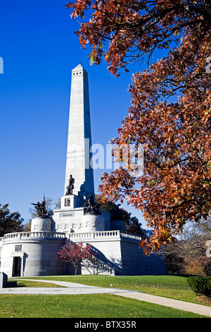 Lincoln's Tomb in Springfield, Illinois, USA.