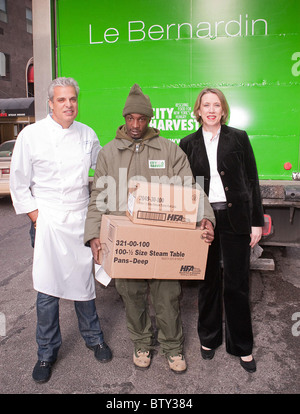 Le Bernardin To Donate $1 Per Patron to City Harvest - Stock Photo