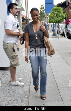 jeans Tatyana ali tight