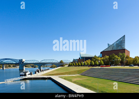 The Tennessee Aquarium and Riverfront at Ross Landing Park, Chattanooga, Tennessee, USA - Stock Photo