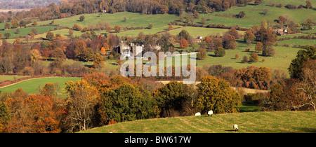 SUDELEY CASTLE IN LATE AUTUMN.  WINCHCOMBE.  GLOUCESTERSHIRE.  ENGLAND.  UK - Stock Photo