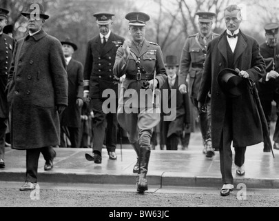Edward Prince of Wales (later King Edward VIII) arriving for a visit at the American Red Cross in Washington DC - Stock Photo