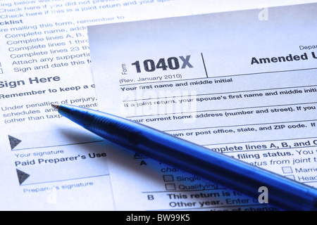 Tax Form 1040 For Us Individual Tax Return With Magnifier Stock