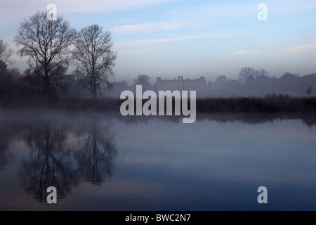 Early morning view across the River Thames from Kew Gardens looking towards Syon House, Richmond-on-Thames, London. - Stock Photo