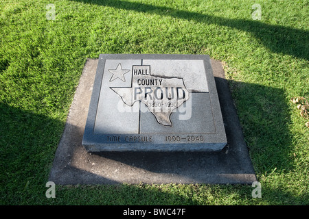 Time capsule marker on the grounds of the Hall County Courthouse in Memphis, Texas - Stock Photo