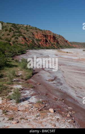 Dry creek bed of the Little Red River, an intermittently-running tributary of the Red River in north-central Texas - Stock Photo