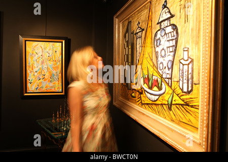 The Opera gallery in New Bond Street, London. - Stock Photo
