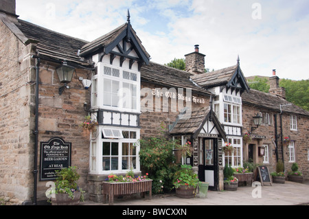 UK, Derbyshire, Edale, The Old Nag's Head pub, official starting point of the Pennine Way long distance path.