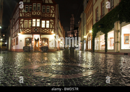 Cobbled square, half-timbered house, Mainz at night, Germany - Stock Photo