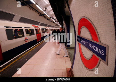 Kings Cross St Pancras Underground Tube Station, London, England, UK - Stock Photo