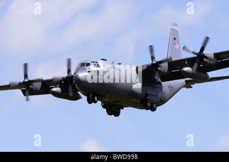 Lockheed C-130E Hercules operated by the USAF on final approach for landing at RAF Fairford - Stock Photo