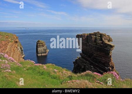 UK Scotland Highland Caithness Duncansby Stacks - Stock Photo
