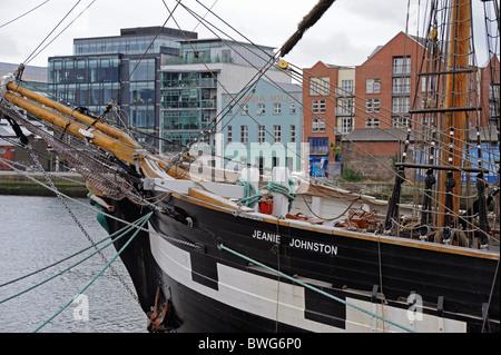 The Jeanie Johnston, Famine museum on the Liffey river, Dublin, Ireland - Stock Photo