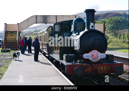 GWR 1400 tank class 0-4-2T steam locomotive No 1450 - Stock Photo