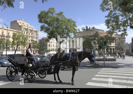 Horse coach in front of Politeama Garibaldi Theater, Palermo, Province Palermo, Sizily, Italy, Europe - Stock Photo