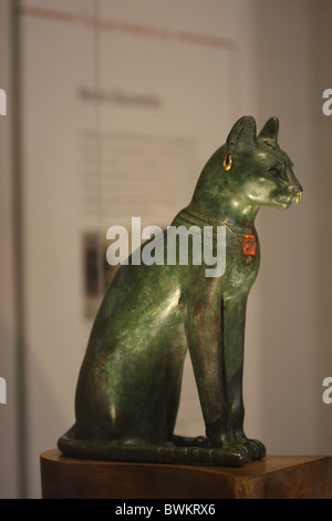 The Gayer-Anderson Cat is an Ancient Egyptian statue of a cat made out of bronze at the British museum, from the - Stock Photo