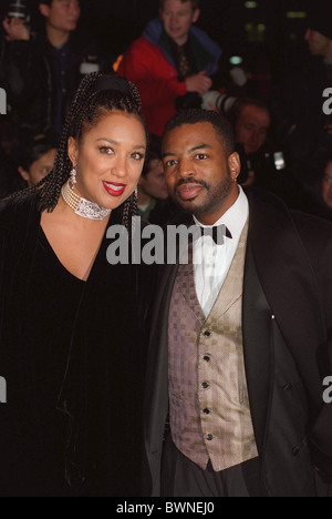ACTOR LEVAR BURTON  AT MOVIE PREMIERE OF 'STAR TREK : FIRST CONTACT', AT THE EMPIRE CINEMA IN LEICESTER SQUARE - Stock Photo